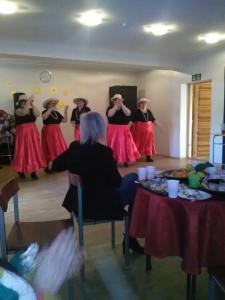 tantsijad: Valguta Nägusad Moorid